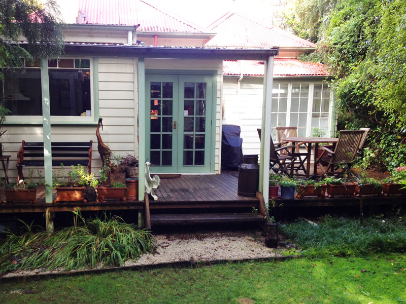 Lemon Tree Cottage Rear Deck